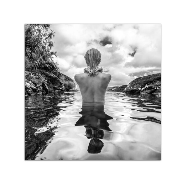 Plexiglass Nature and Woman in Black and White 60 x 60 CM
